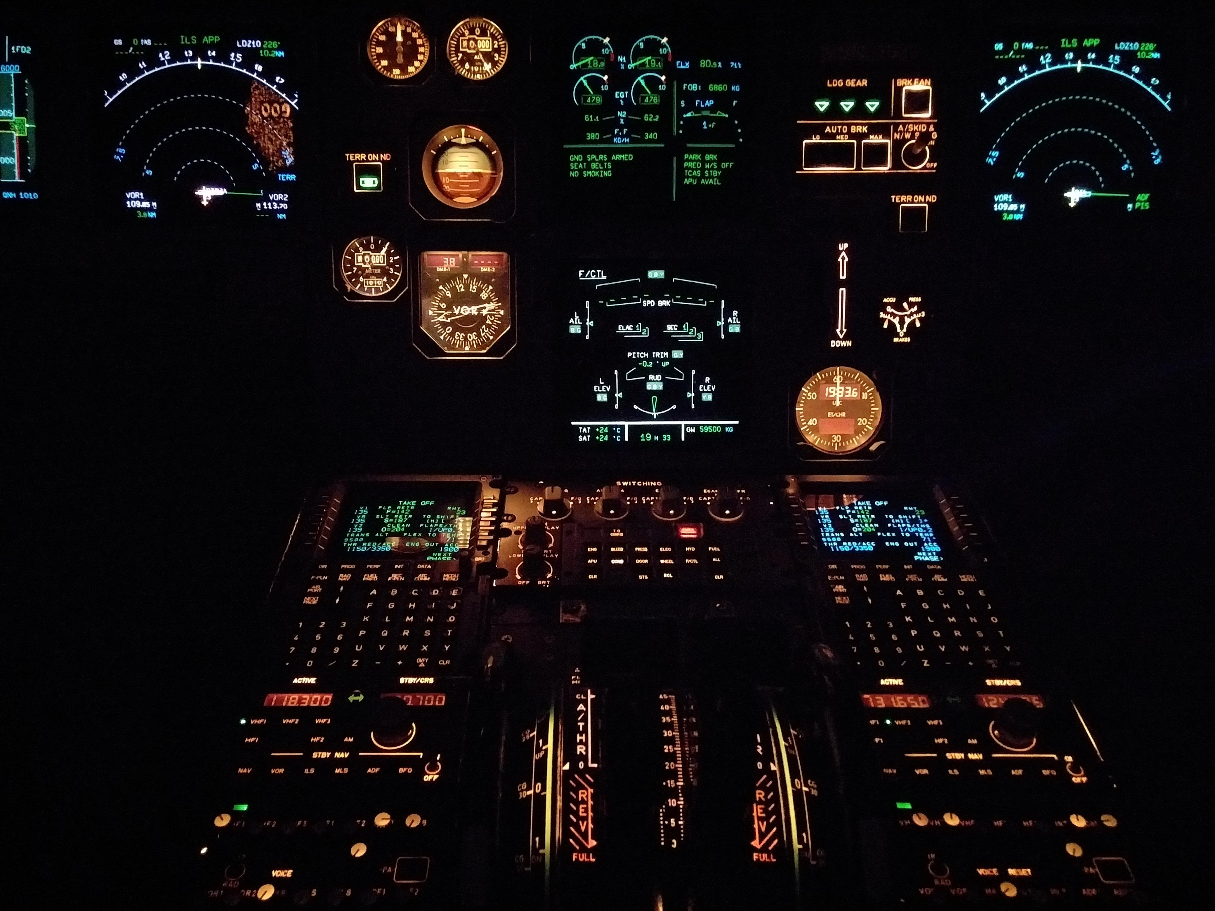 airplane-aviation-cockpit-726233